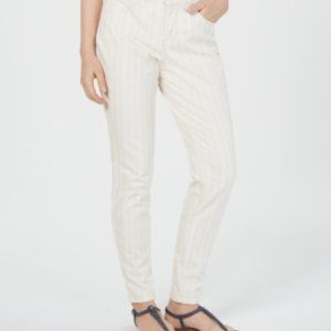 Style & Co Women's Curvy Colored Skinny Leg Pants